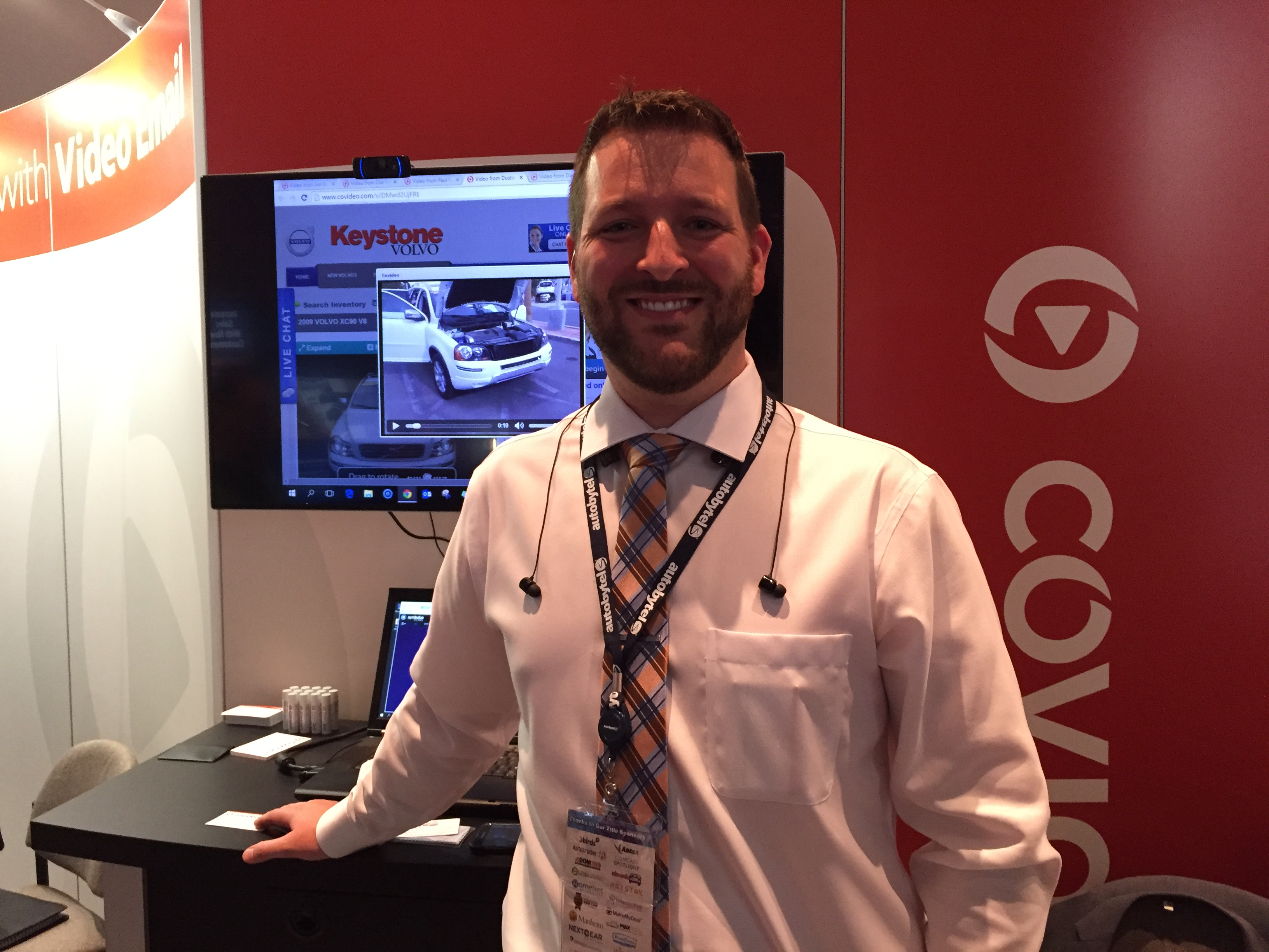 CoVideo hosts their booth at Digital Dealer 19